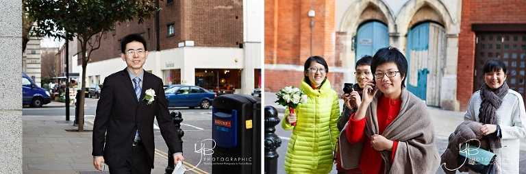Bride and Groom arrive at Chelsea Register Office