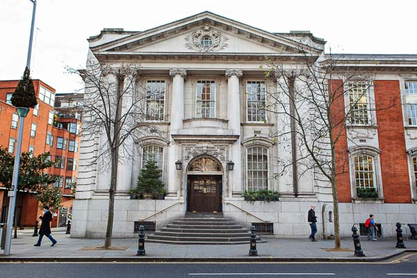 Chelsea Register Office Wedding Photography By An Expert